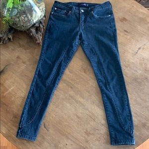 Levi's 535 Legging denim capris 7